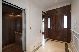 entry_with_elevator
